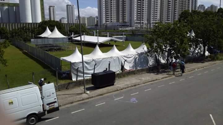 Aluguel de tendas, cobertura em box truss